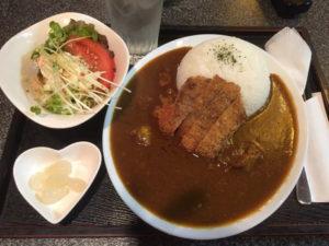 カツ牛カレー1400円