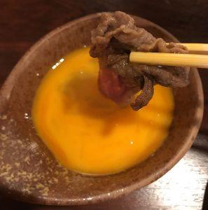 神戸牛をたまごで食べる